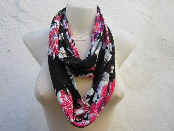Infinity scarf Loop scarf Neckwarmer Necklace scarf  by nurlu