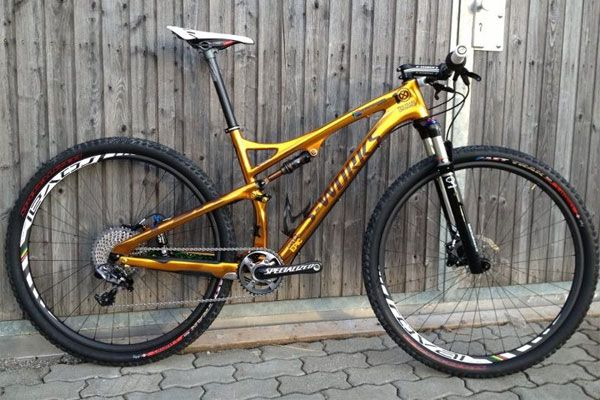The Specialized Epic FSR 29 S-Works for this season. Golden beauty #Specialized