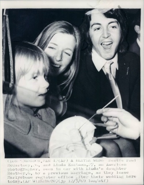 Paul And Linda McCartney On Their Wedding Day March 12 1969 Heather
