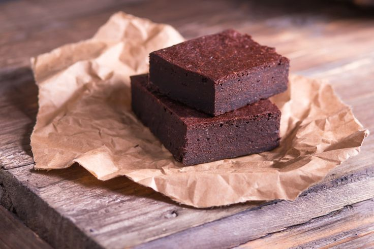 Rich, velvety chocolate infused with almonds and dates for a filling and indulgent treat. Tack on the addition of Chinese Herbs and you may never go back t