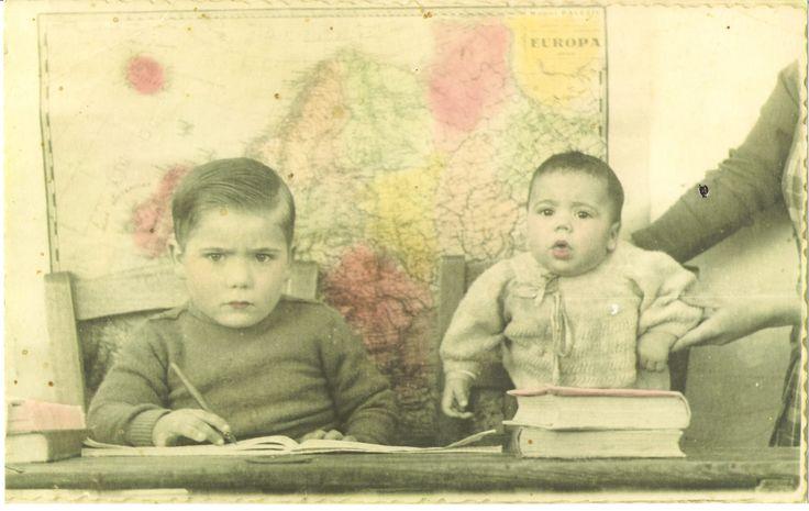 Antigua foto en las escuelas. Años 50.