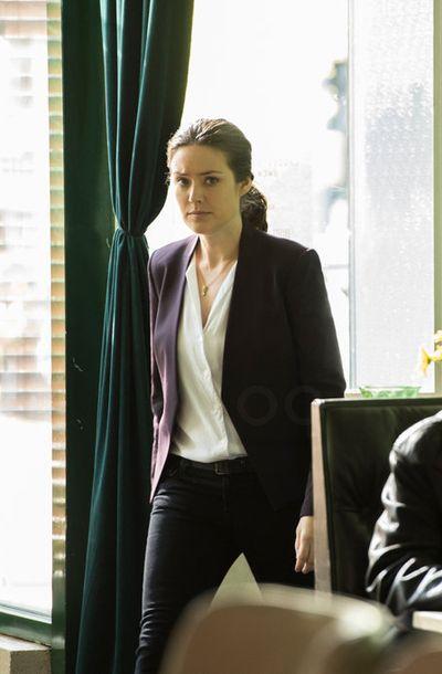 Elizabeth Keen in The Blacklist S02E22