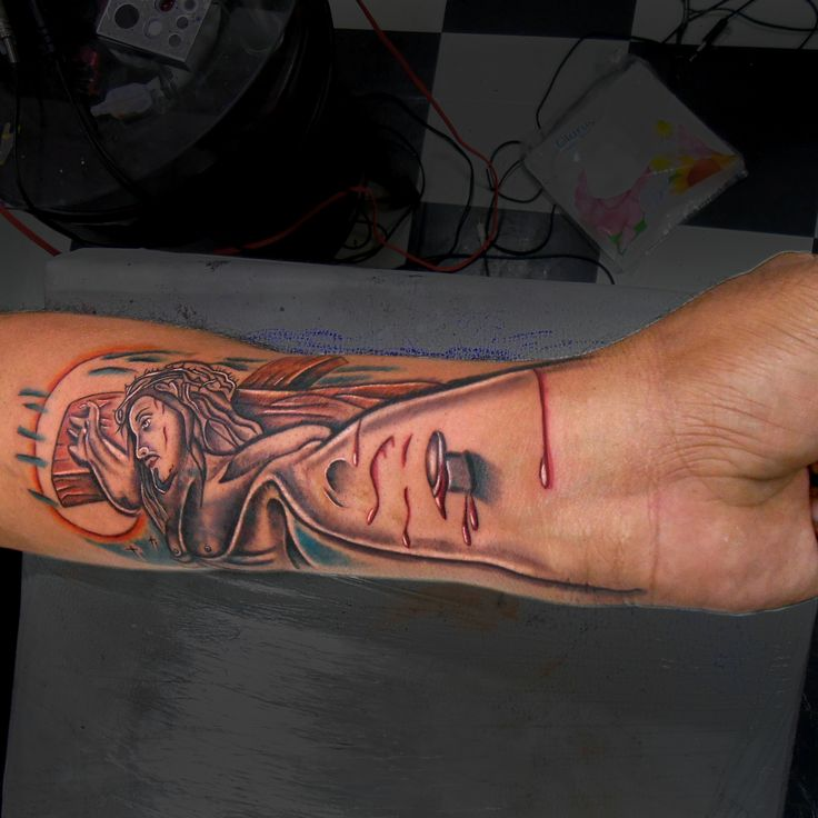 #tattoo #tattooing #tattooed #ink #inked #inking #jususcrist #jesus #crist #inkjunkeyz #coloredtattoo #3dtattoo #loved #enjoyed #love #religious #christian #bible #god #holy #tattoosbyravi #artists #tattooartists