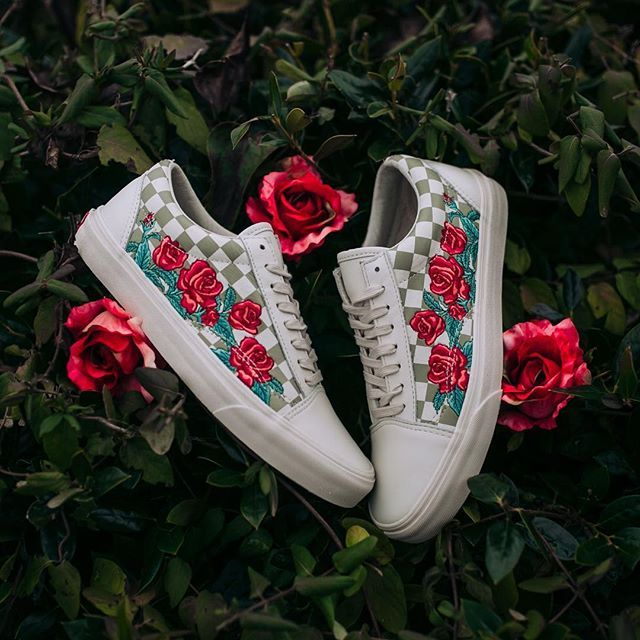 2b6646d1763b95  Vans Old Skool DX Rose Embroidery (Marshmallow Turtle Dove) -  100 Sizes ( 3.5-13) Available In-Store at our OHCS Branch and Online  rockcitykicks   vans ...