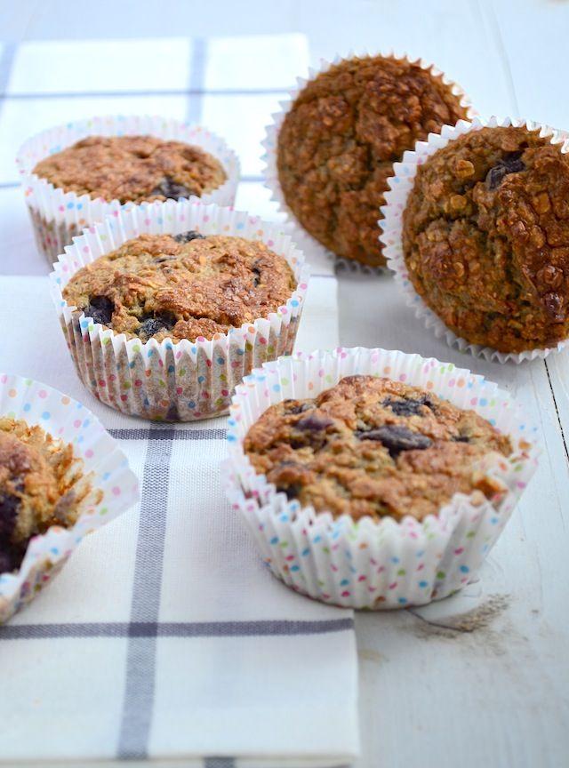 Mmm... Lekker en gezond, ook ideaal als ontbijt. Wat wilen we nog meer ;) - Gezonde muffins met havermout - Uit Paulines Keuken