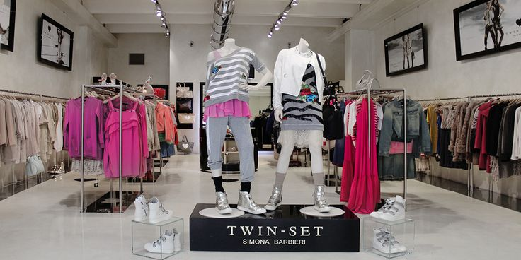 Twin-Set Negozio outlet | LA REGGIA DESIGNER OUTLET | McArthurGlen Designer Outlets