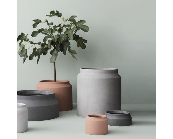 die besten 17 ideen zu blumentopf gro auf pinterest gro e blument pfe pflanzt pfe gro und. Black Bedroom Furniture Sets. Home Design Ideas