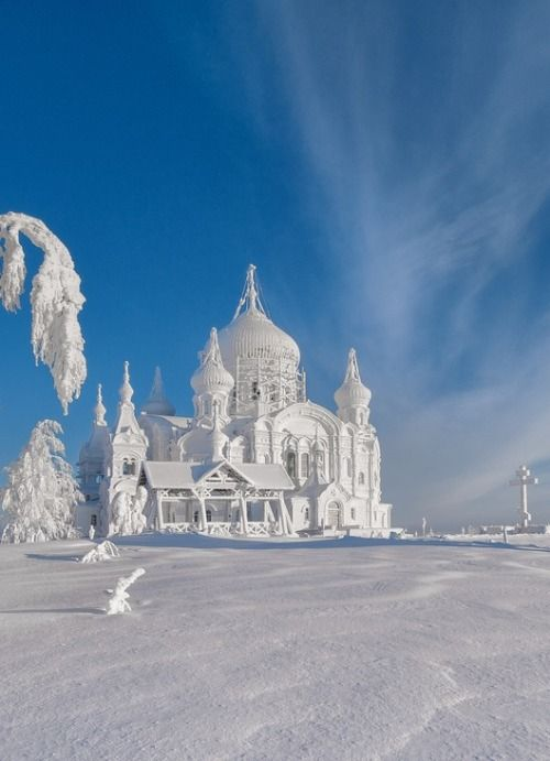 Vladimir Chuprikov. Russian church in winter.