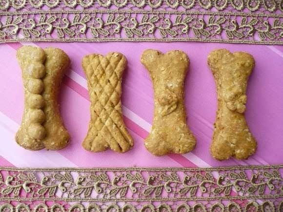 Honden koekjes - Carola Bakt Zoethoudertjes