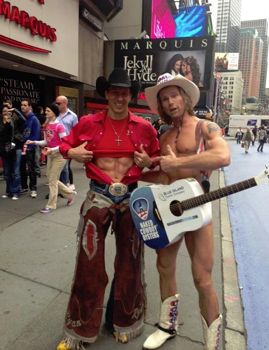Rodeo Abs Cowboy Meets The New York Singing Cowboy At Time Square