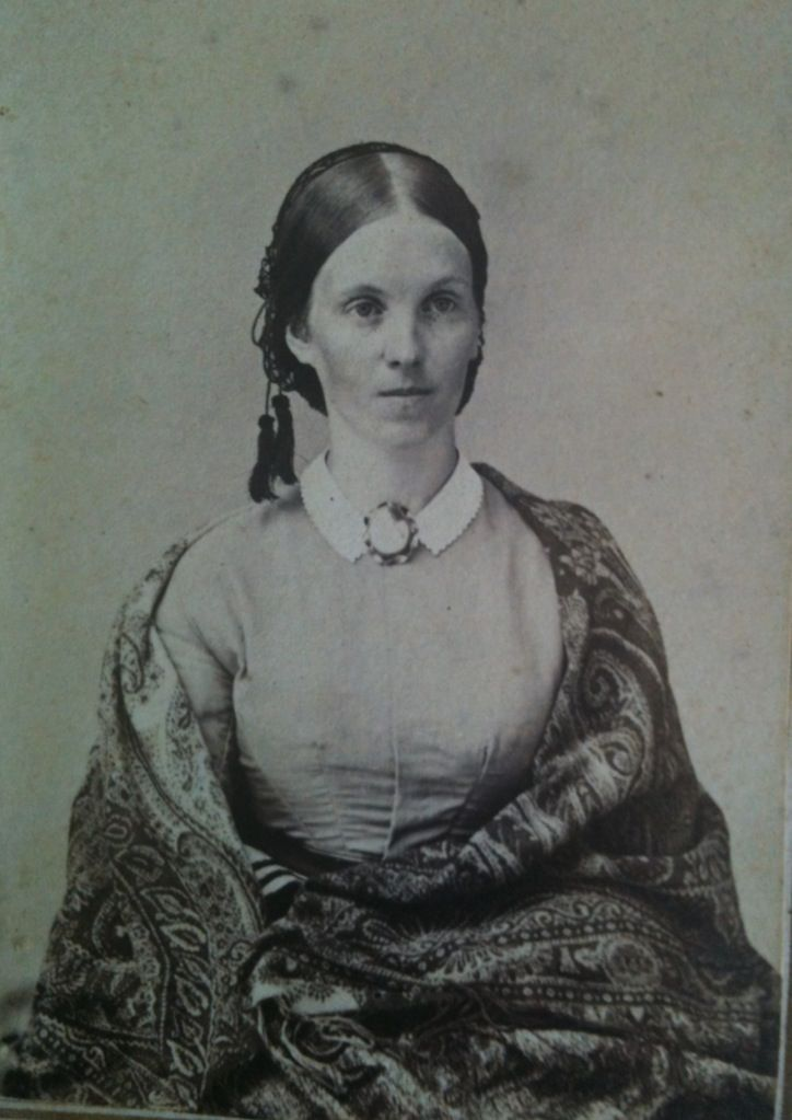 94 best Victorian Paisley Shawls images on Pinterest ...