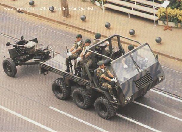 ESARCO Porto, Av. Montevideu - Foz , 30 Junho 1991 Comemorações do Dia da Força Aérea  Viatura ESARCO da CMP - Compª de Morteiros Pesados