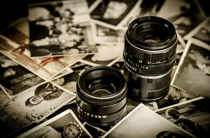 How to Properly Store Old Photographs - http://blog.storageseeker.com/main/how-to-properly-store-old-photographs