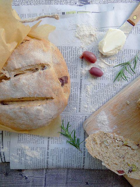 rosemary olive peasant bread