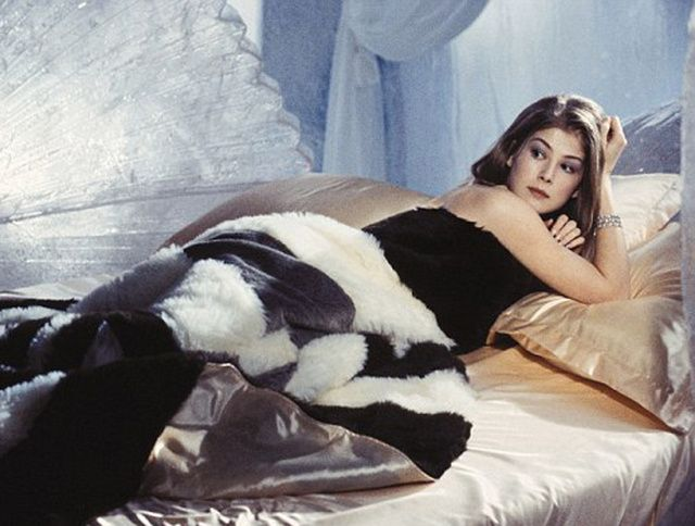 Les « James Bond Girls » Rosamund Pike - Miranda Frost