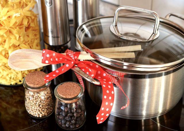 Az ételek finomból ínycsiklandozóvá az apró fortélyok ismeretén keresztül tehetők, melyek egyszerűek, de annál nagyszerűbbek! ...