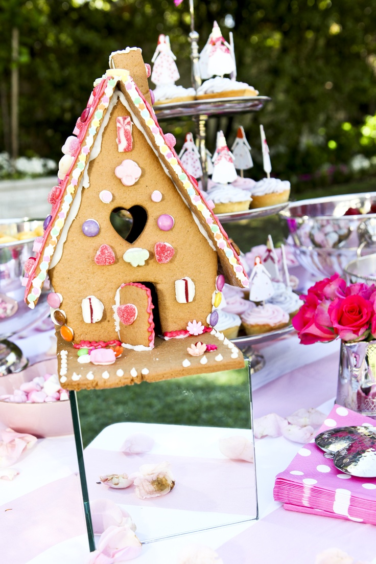 Gingerbread house and Princess cupcakes