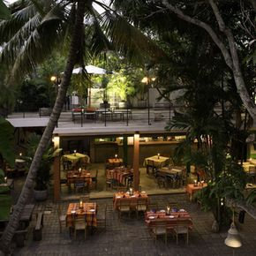 Barefoot Garden Cafe, one of my favorite dining places in Sri Lanka!