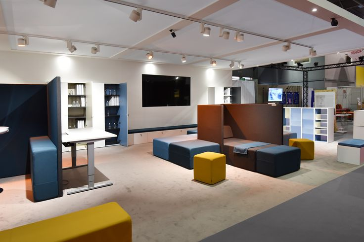 Working Hybride by Majencia, avec notre solution d'assises Softwork, rangements Oxo et Story