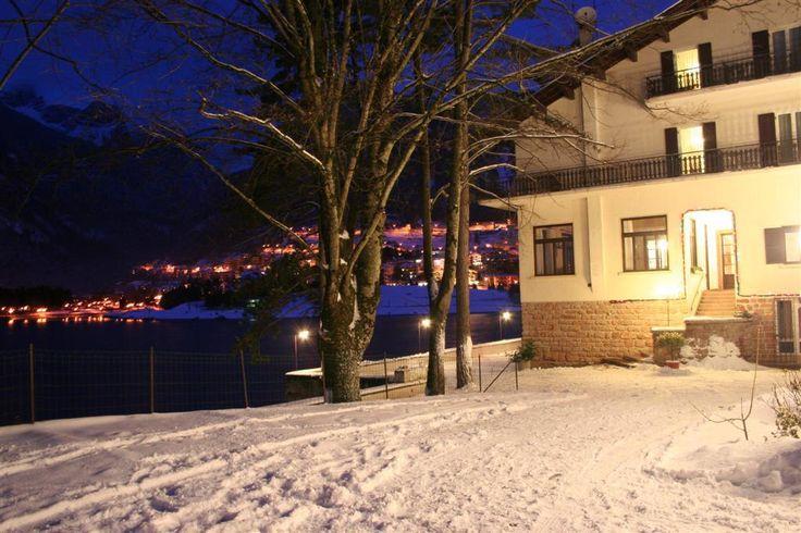 Hotel Lago Park*** Molveno - Via Bettega, 12 info@dolomitiparkhotel.com Tel. 0461.586030  #dolomitidibrenta #adamellobrenta #paganella #molveno #trentino #dolomites #unesco