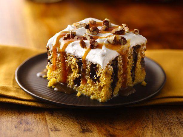 Caramel Drizzled Pumpkin PokeCarameldrizzl Pumpkin, Cake Mixed, Poke Cakes, Pumpkin Cake, Pumpkin Poke Cake, Poke Cake Recipe, Thanksgiving Desserts, Healthy Desserts, Caramel Drizzle Pumpkin
