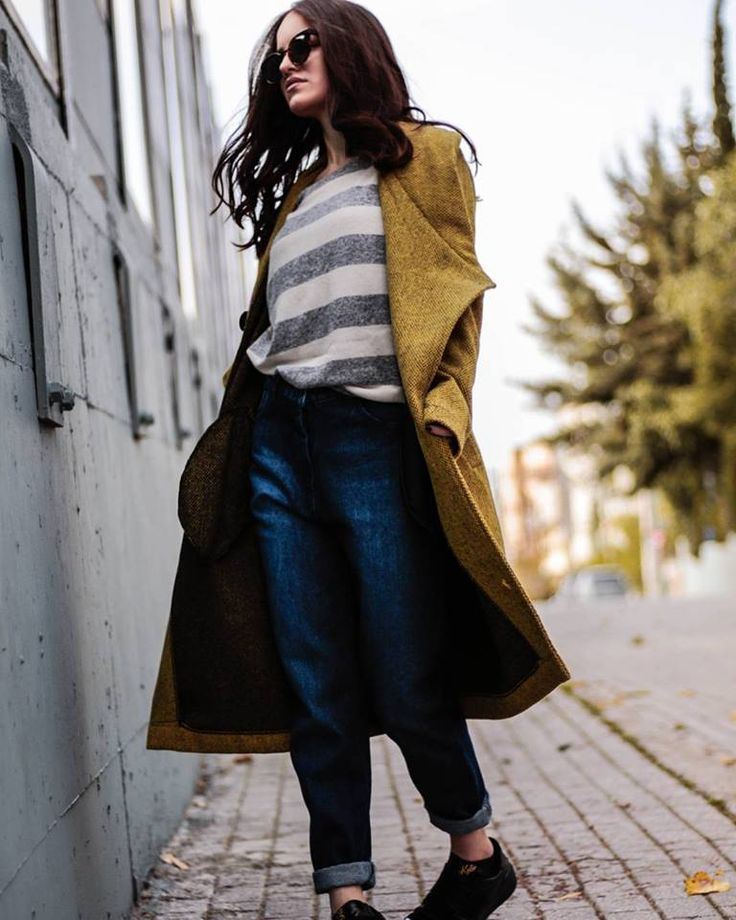 Sunday ready ☕🍂😎 #ootd #colored #coat #denimpants #stripes #casualoutfit #weekender #sunday