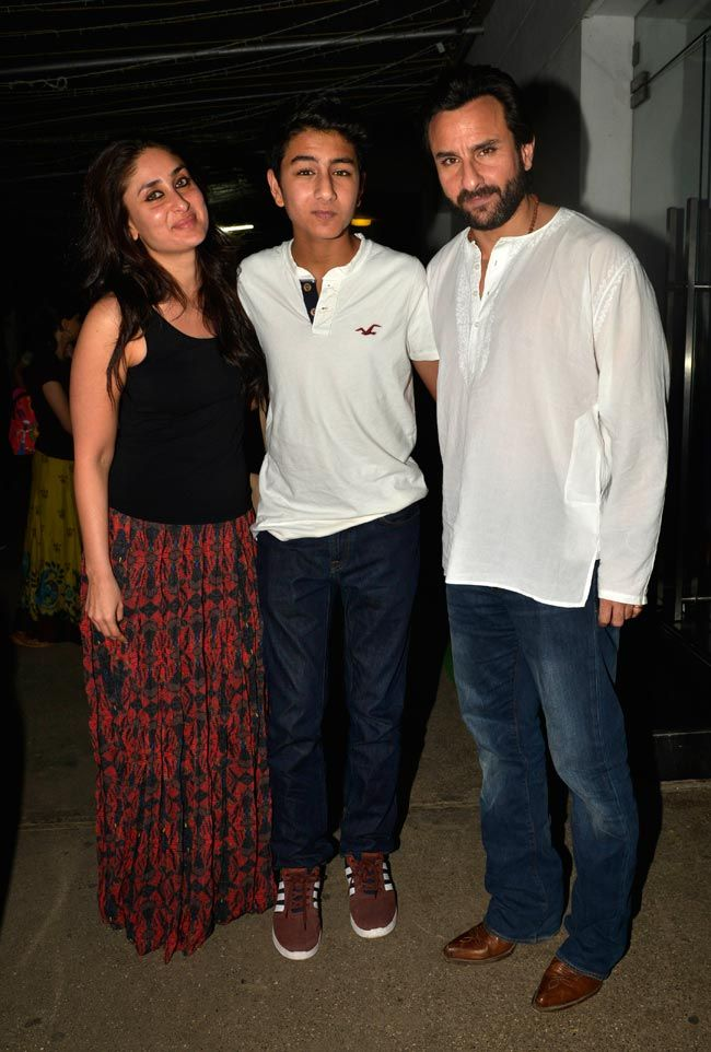 Kareena Kapoor and Saif Ali Khan with son Ibrahim caught on camera together at special screening of 'Happy Ending'. #Bollywood #Fashion #Style #Beauty