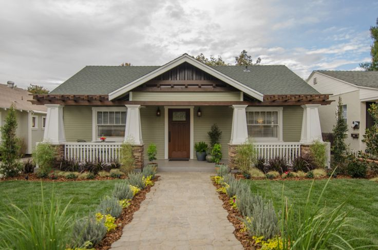 Welcome to team blue 39 s beautiful craftsman style home for Dream builders homes
