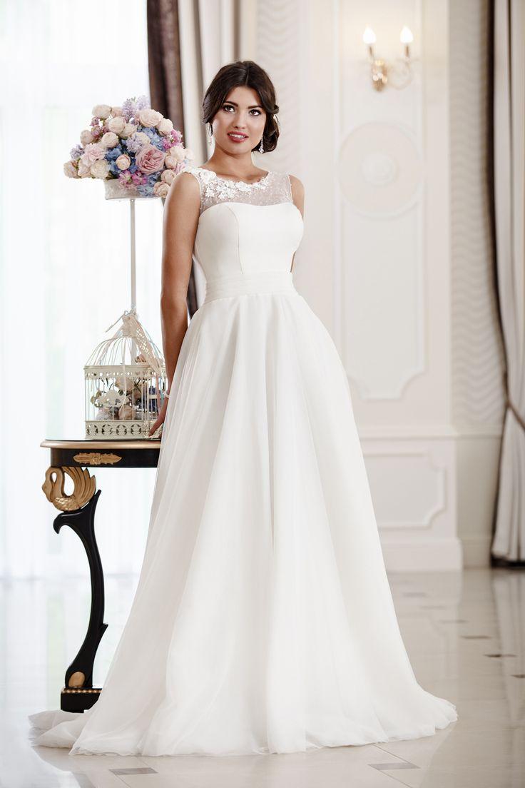 2016 Classic Collection Weddding Dress Maxima Bridal  45.16