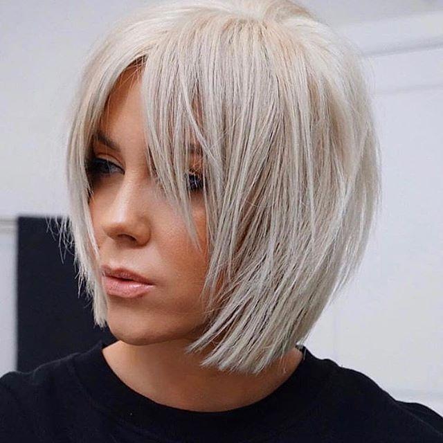 Bob Frisuren Mit Pony In 2020 Bob Hairstyles For Fine Hair Hair Styles Thick Hair Styles