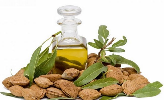 DIY Home Remedies, Kitchen Remedies and Herbs - http://www.remediesandherbs.com/how-to-make-a-non-greasy-homemade-moisturizing-lotion/