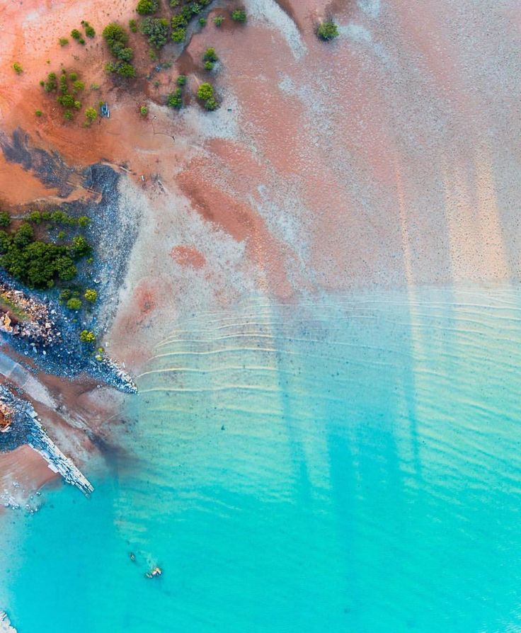 We are loving the aerial images captured by @saltywings from all around @westernaustralia and especially the shots from their recent trip to the Kimberley. This one is of Roebuck Bay in Broome. Check out their page for more amazing pics! We hope everyone is having a great weekend  Photo: @saltywings.  #thekimberleyaustralia by thekimberleyaustralia
