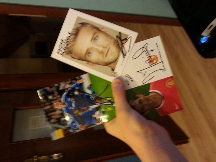 3 Originals 100% Autographs Footballers!!!