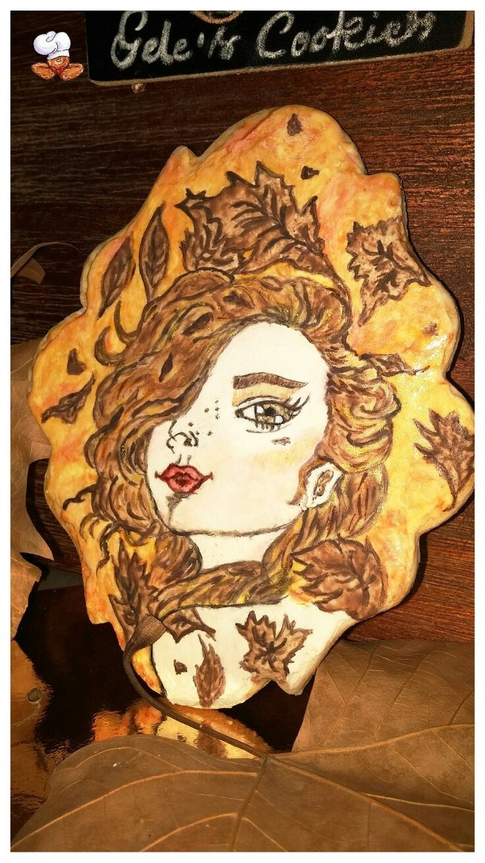 Galleta pintada sobre glasa, hada de otoño Autumn fairy
