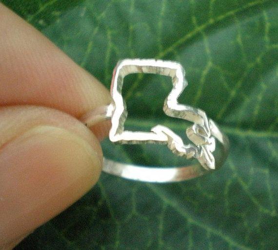 Lousiana State Silver Ring  Lousiana Outline Map Ring by yhtanaff, $35.00 #Lousiana  #LA  #BatonRouge