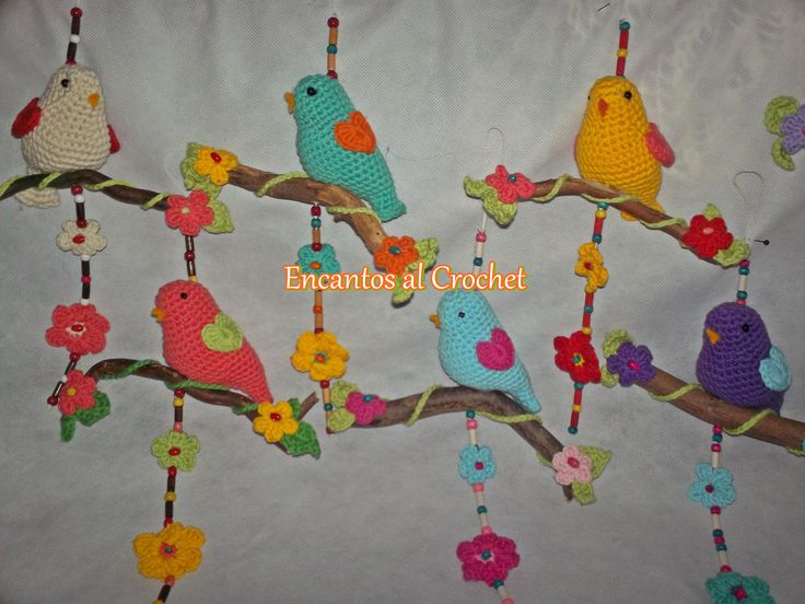 Pajaritos con rama Crochet