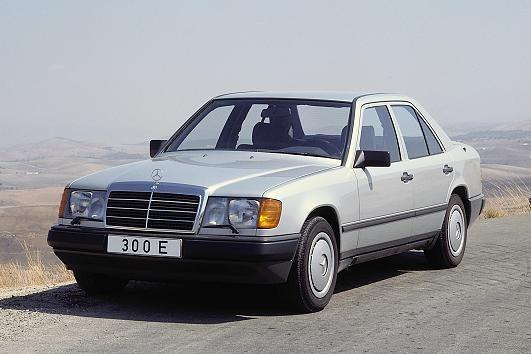 Mercedes-Benze 300 E