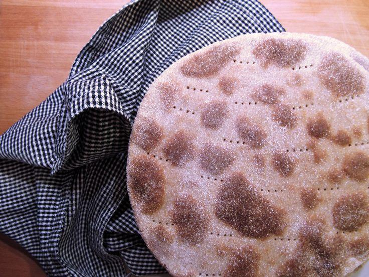 Pohjanmaan maitorieska – Ostrobothnian Flat Milk Bread