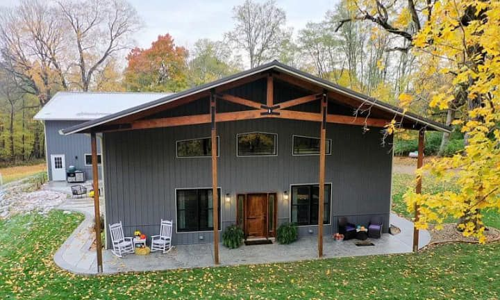 Amazing Barndominium With Loft And Massive Shop Garage Area Over 20 Pictures In 2020 Pole Barn Homes Rustic House Plans House Plans Farmhouse