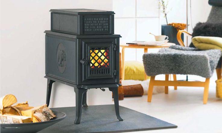 Poêle à bois rétro de la marque norvégienne Jotul. http://atryhome.com/catalogue/2-les-poeles.htm #poêle #bois #vintage #ancien #fonte #petit