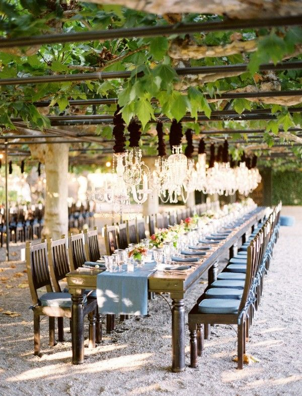 I had never considered a vineyard for a wedding, but how gorgeous and romantic would that be????!