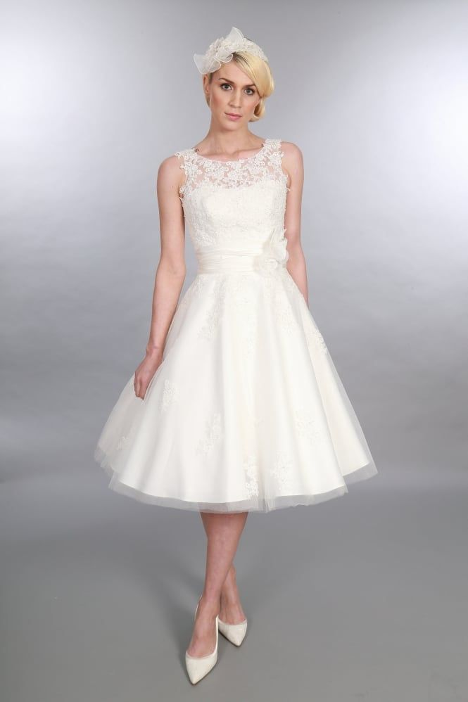 86 best Short & Tea Length Wedding Dresses, Short Vintage Inspired ...