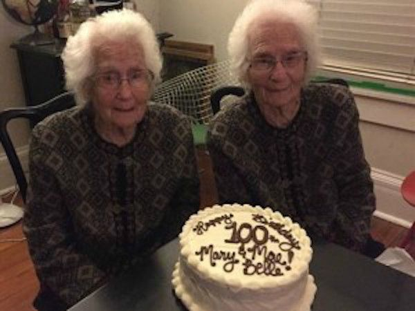 DUE GEMELLE FESTEGGIANO I LORO 100 ANNO: 'SIAMO STATE INSIEME IN TUTTA LA VITA' - http://www.sostenitori.info/due-gemelle-festeggiano-100-anno-state-insieme-tutta-la-vita/227425