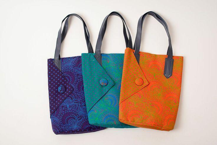 IMVILOPHI BAG R510 sashamtu@gmail.com   #HandBags #Sasha #Shweshwe #chic #SA #JHB #HandbagsJHB #Fabrics #Bags #Diaries #Notebooks