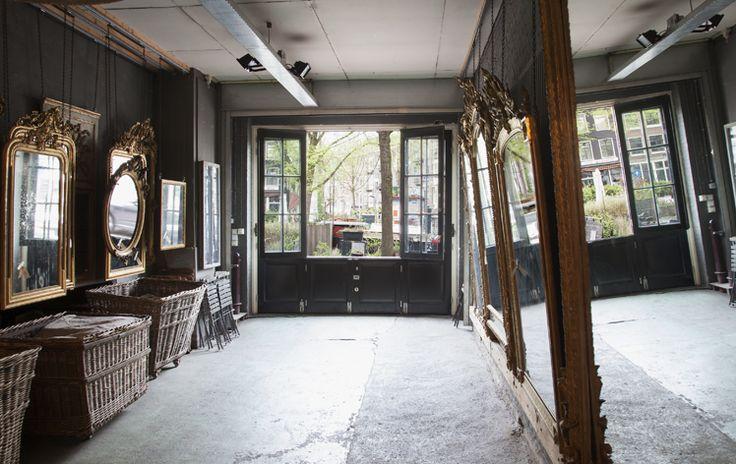 Mirrors in the atelier | Anouk Beerents Antieke Spiegels