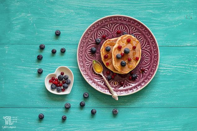 Treat yourself with a stack of these healthy pancakes which have few calories, healthy dose of protein, fiber and other nutrients. Yummy recipe for #pancakes by @aapplemint You can find the recipe on this link https://www.facebook.com/yogafoodlove/photos/a.989471321119342.1073741828.629177013815443/1043584512374689/?type=3&theater