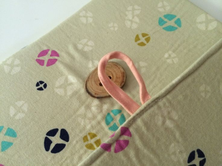 Ipad Air padded cover.  iPad Air 2 padded cover.  Cotton + steel designed fabric with handmade wooden button.  Handmade. by scraphilldesigns on Etsy