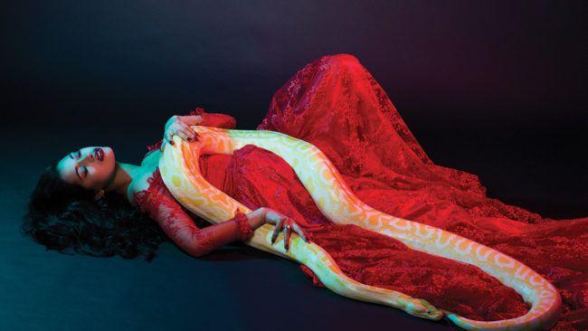 Photography: Joseph Sinclair Model: Ava De Lacy Stylist: Minna Attala HMUA: Erin Kristensen Nails: @BANGBANGNAILS CD: Farah Rose Snake: Star