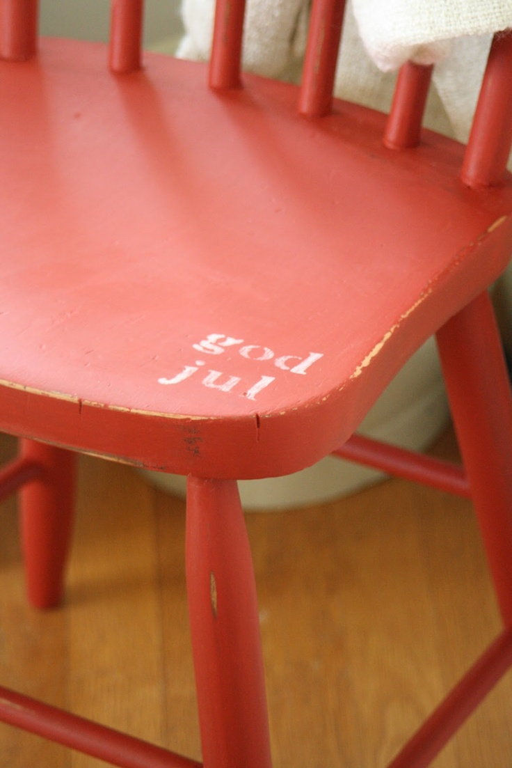 Christmas chair covers ideas - Primitive Proper God Jul Christmas Chair I Like The Idea Of Lettering