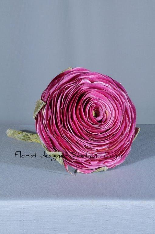 wedding bouquet from petals of lilies designed by Svetlana Lunin